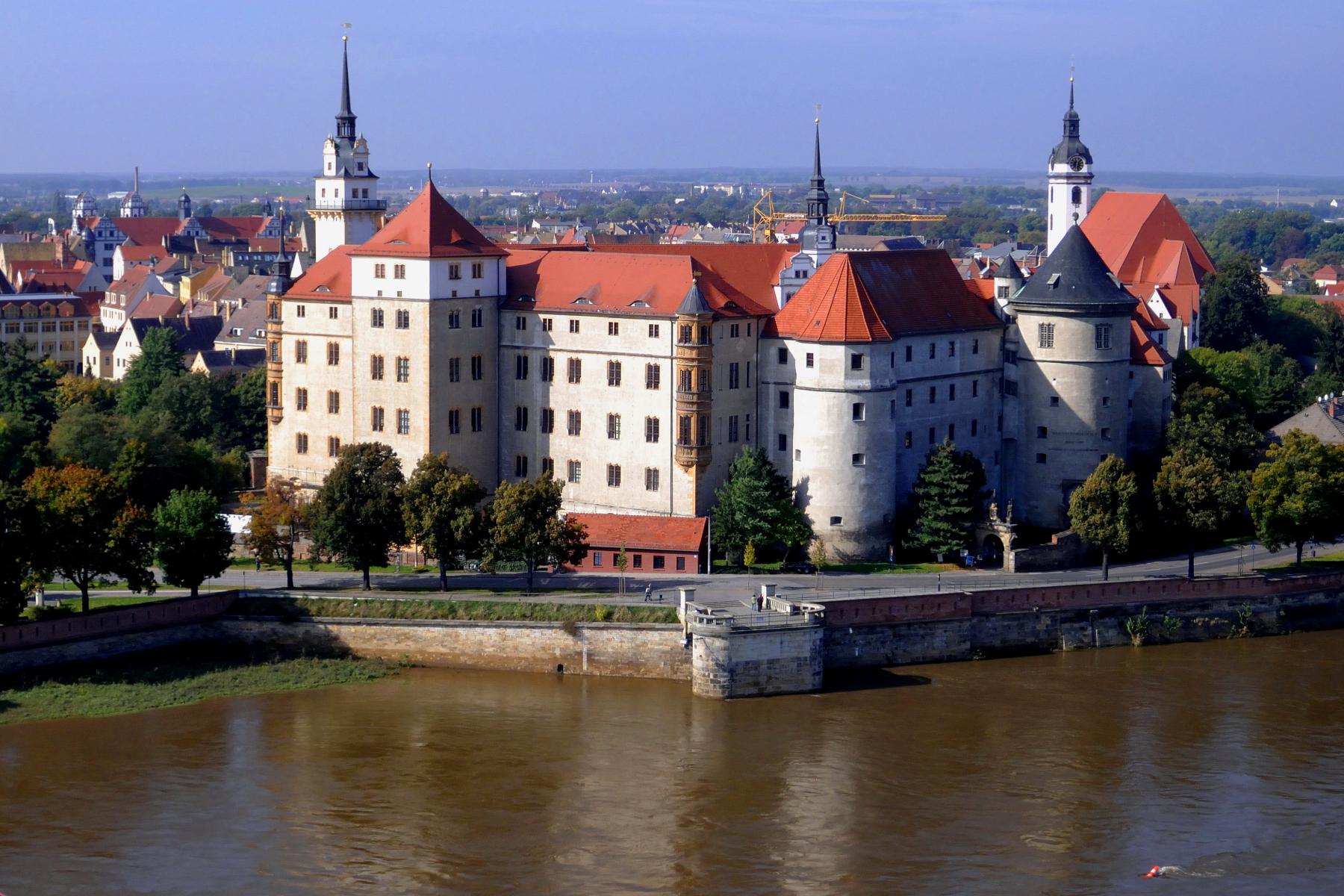 SchlossHartenfels_Zeppelubil-Th-Haft-Torgau.JPG